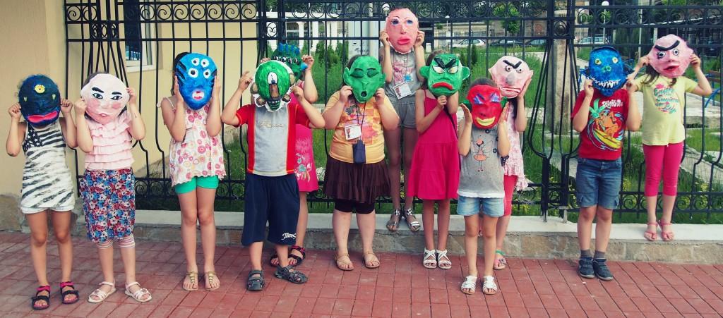 Maskers maken in Bulgarije